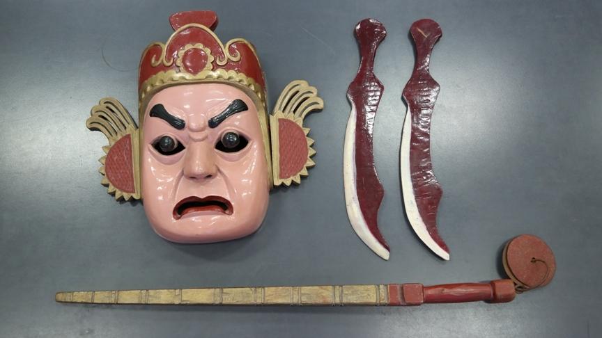 """古老艺术的""""活化石""""——傩面具"""