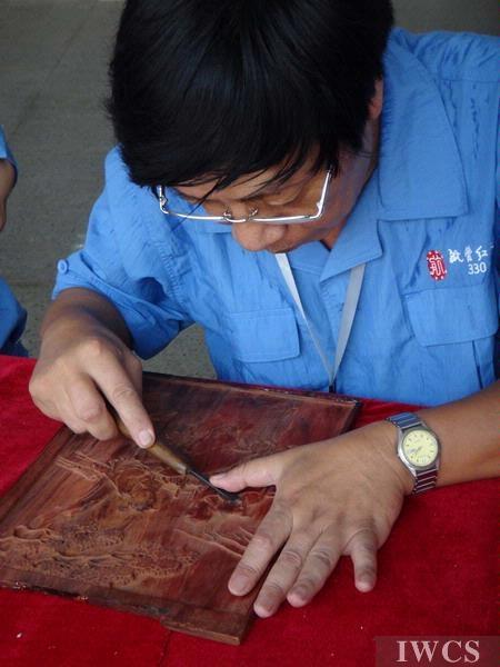 淡泊心,绚烂美——上海航管红木木雕大师技艺展示