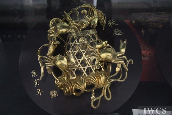 潮州木雕民间展览首次亮相北京798艺术区