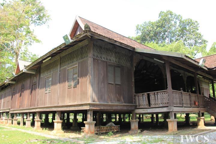 马来西亚人对木材的利用